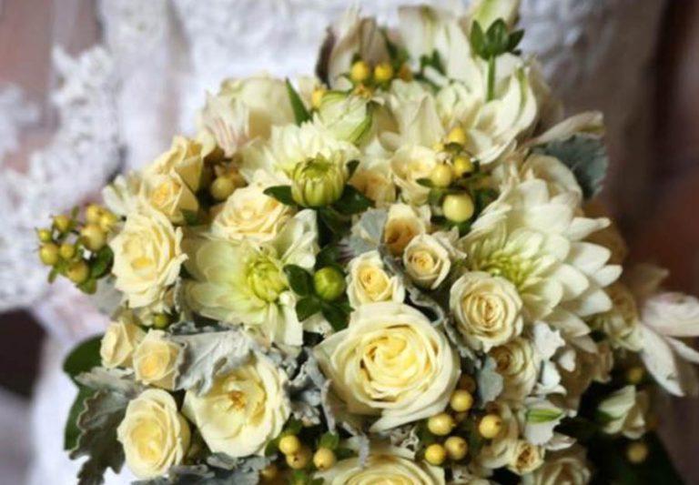 Walker Minnesota Wedding Floral Arrangements